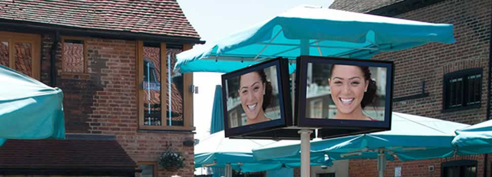 anti-glare-outdoor-tv
